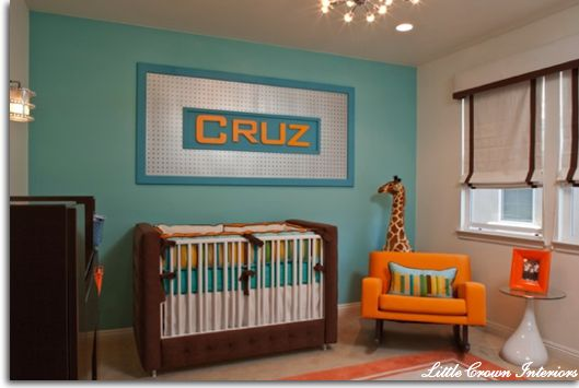 Such a cute way to hang the baby's name on the wall