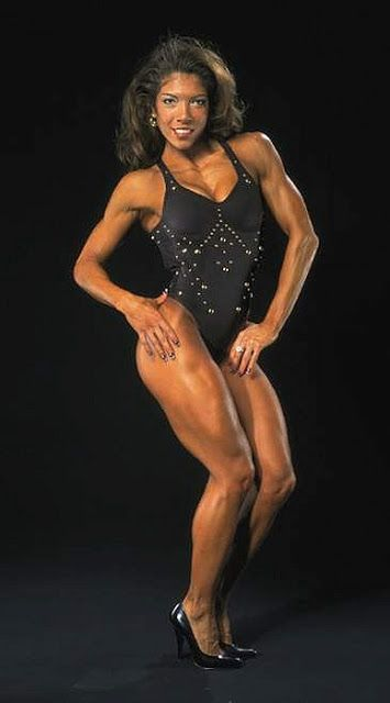 IFBB Fitness Competitor Susie Curry