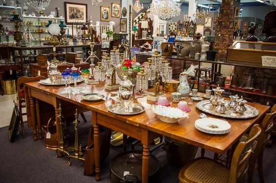 Overview of our shop. #antiques #antique #interiordesign #design #homedecor #forsale