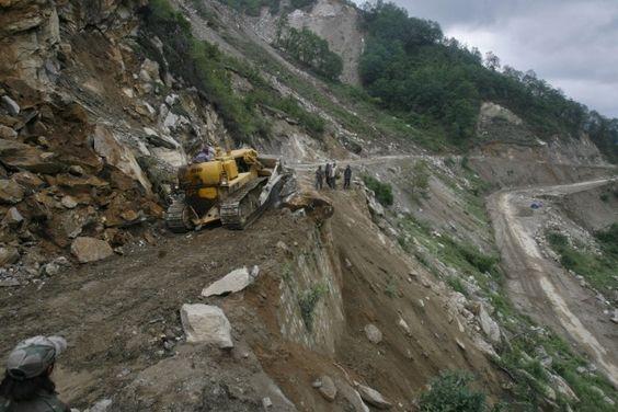 Death Toll Reaches 10 in Arunachal Pradesh Landslide -  http://goo.gl/rP03Sj #India, #National