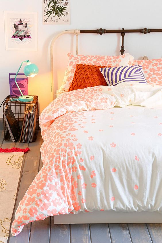 Plum Amp Bow Serena Duvet Cover Urban Outfitters Urban