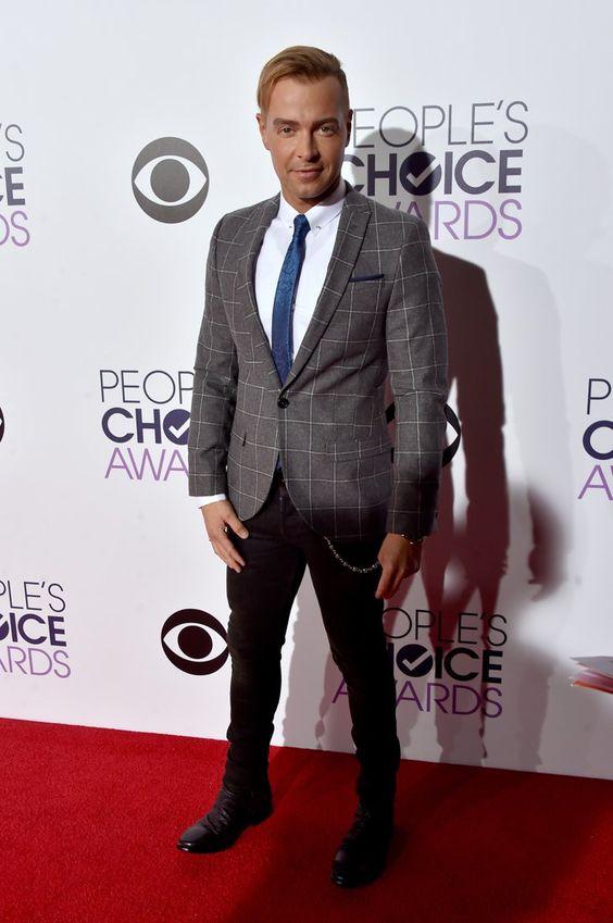 Pin for Later: Pour Voir Toutes Les Photos du Tapis Rouge des People's Choice Awards, C'est Par Ici Joey Lawrence