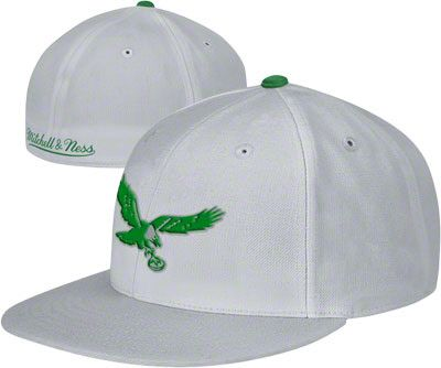 Philadelphia Eagles Mitchell & Ness Throwback Basic Logo Fitted ...