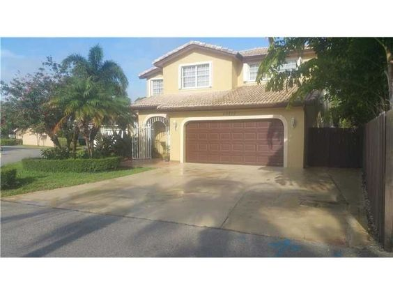 New listing! 20810 SW 86th Ave Cutler Bay, Florida 33189 A10096891