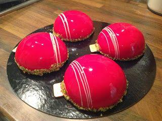 Gla age miroir rouge recipes deserts pinterest for Glacage miroir blanc