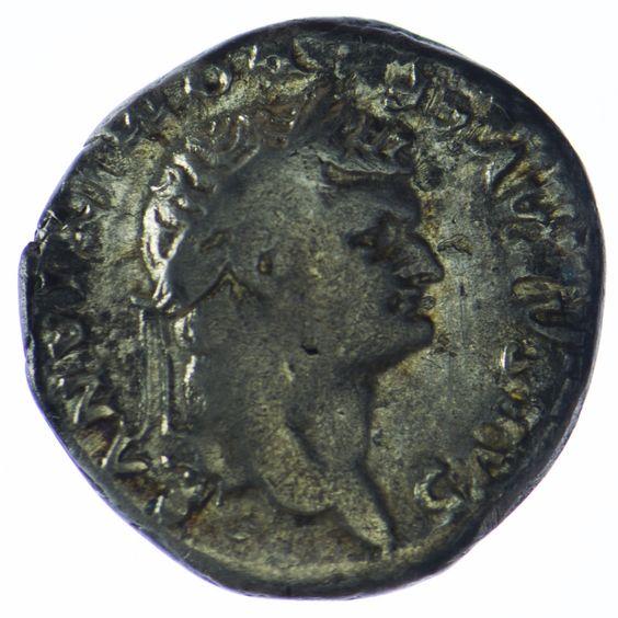 Domitian als Caesar 69 - 81 Denar Silber  Av.: DOMITIANVS CAES AVG F, Büste mit Lorbeerkranz n. r. Rv.: COS V, Lupa Romana mit den Zwillingen Romulus und Remus, im Abschnitt Barke.