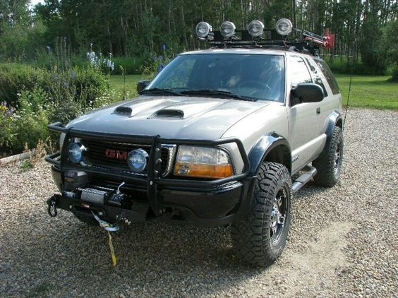 Jacked Up Gmc >> Pin by Ricardo Allen on GMC Jimmy, Ford Bronco, Chevy Blazer | Pinterest