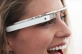 O simples ato de virar uma página começou a ficar ultrapassado com os iPads a substituir livros e manuais para muitos profissionais. Mas uns óculos de realidade aumentada, semelhantes aos óculos da Google, libertam as mãos dos utilizadores, permitindo-lhes virar as páginas virtuais usando somente os seus olhos.