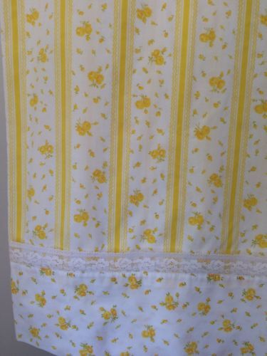 Vintage-Yellow-Rose-Floral-Striped-Lace-Border-TWIN-FLAT-Bed-Sheet-JC-Penney-EUC: