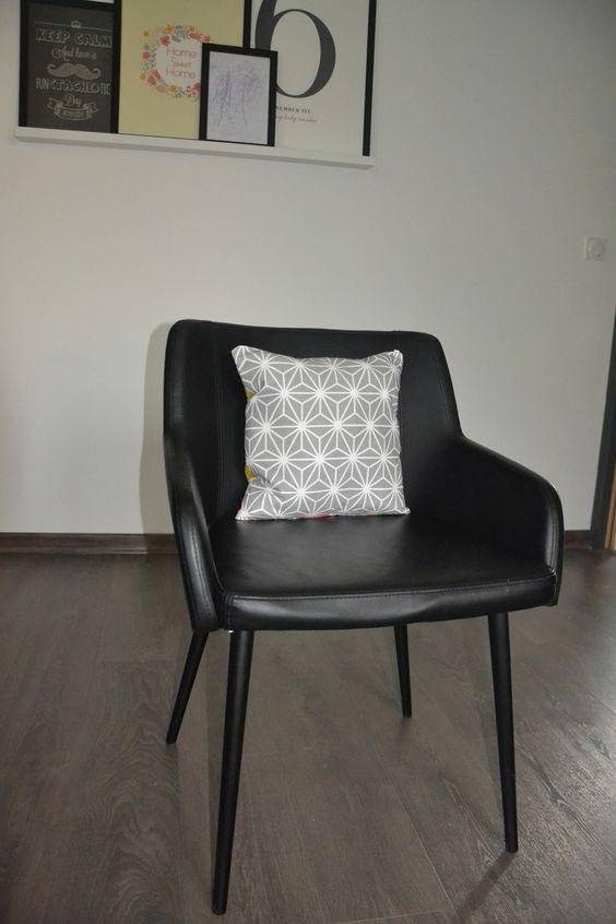 Housse de coussin recto verso d'un côté triangles et de l'autre sashiko taille sur demande : Textiles et tapis par june-boutik