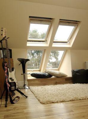 love the windows bringing in light ausbau pinterest loft musikzimmer und sitzgelegenheiten. Black Bedroom Furniture Sets. Home Design Ideas