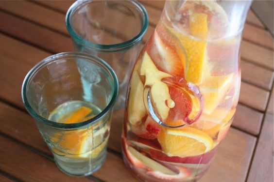 Saturday Sangria *white sangria*