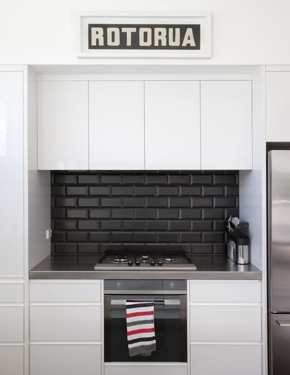 Kitchen splashback tiles splashback tiles and black kitchens on pinterest Kitchen ideas with black and white tiles