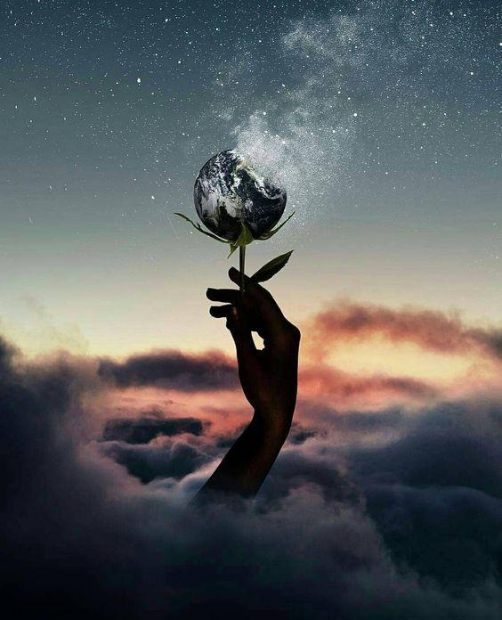 Görüntünün olası içeriği: bir veya daha fazla kişi, gökyüzü, bulut, okyanus, açık hava, doğa ve su