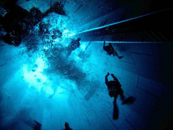 24 piscinas pra mergulhar antes de morrer