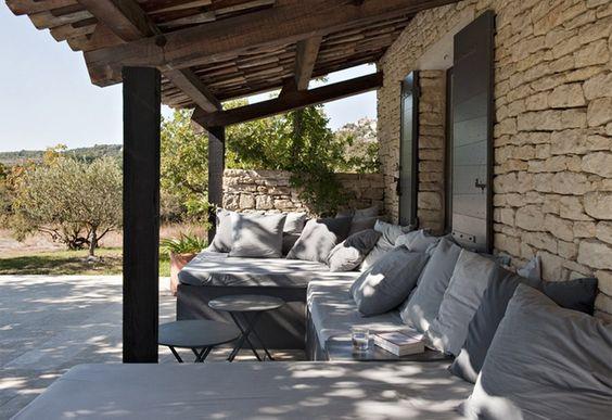 French terrace....ahhh  xo--FleaingFrance