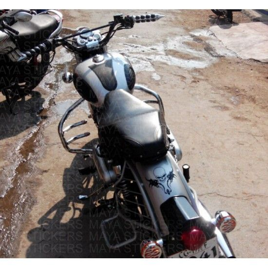 Skull Sticker On Royal Enfield Classic Mudguard Royal - Classic motorcycle custom stickers