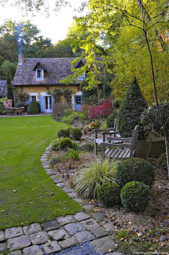 Bordeaux maisons de campagne and anglais on pinterest for Jardin de cottage anglais