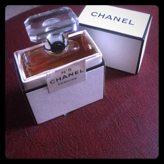 Chanel No.5 NIB Travel size, never opened. CHANEL Makeup