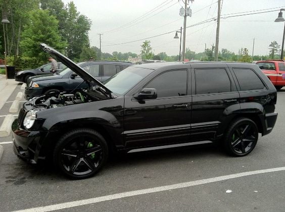 2009 jeep cherokee srt8 sweet rides pinterest jeep. Black Bedroom Furniture Sets. Home Design Ideas