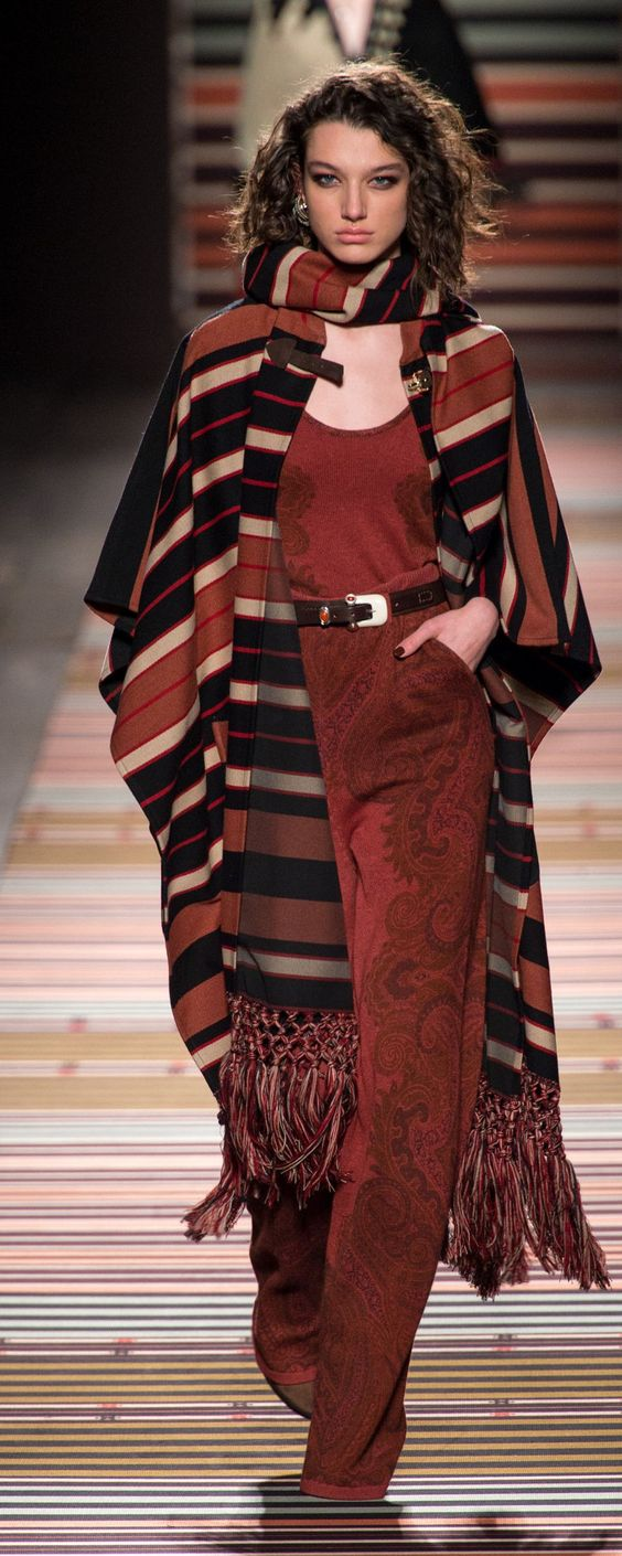 Etro Fall-winter 2018-2019 - Ready-to-Wear - http://www.orientpalms.com/Etro-7145 - ©ImaxTree