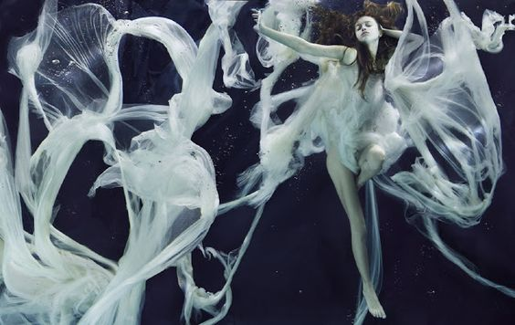 Fashion Carrousel: Underwater