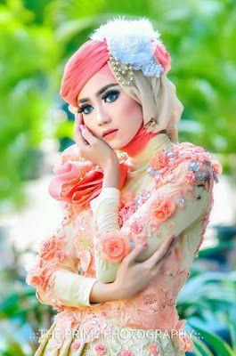 Tips Memadukan Kebaya Modern dengan Hijab