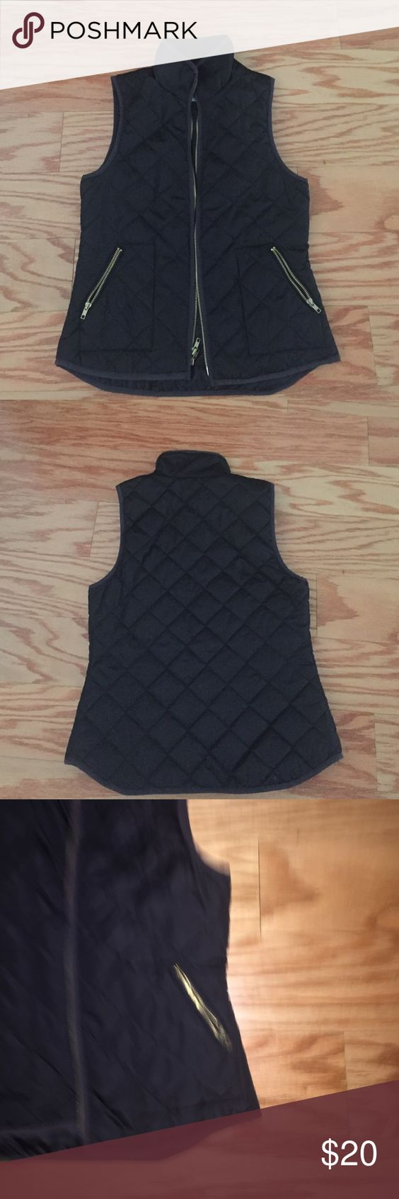 Old Navy Black Thin Puffer Vest Size XS Old Navy Thin Black Puffer Vest Size XS; Gold Zippers with 2 side pockets Old Navy Jackets & Coats Puffers