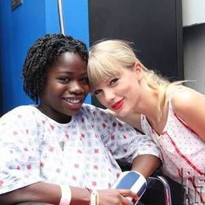 52 Celebrities Who Have Visited Their Fans in the Hospital