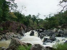 (daklaknay) - Vườn quốc gia Yok Đôn thuộc huyện Buôn Đôn và huyện Ea Súp, tỉnh Đắk Lăk, cách thành phố Buôn Ma Thuột 40km về phía tây bắc.