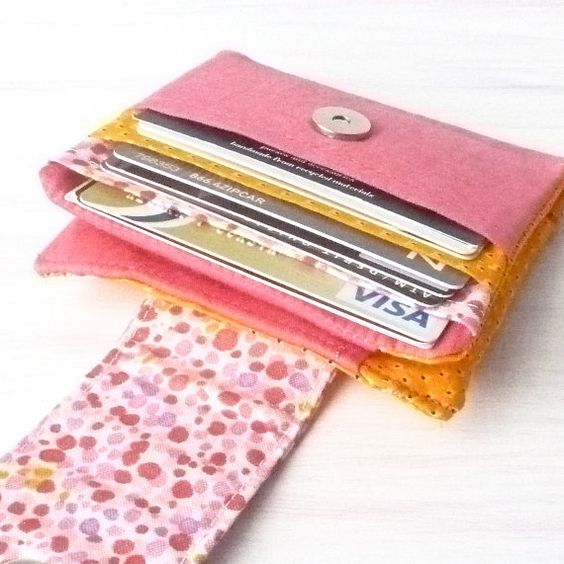 25 Latest Simple Wallets for Ladies in India