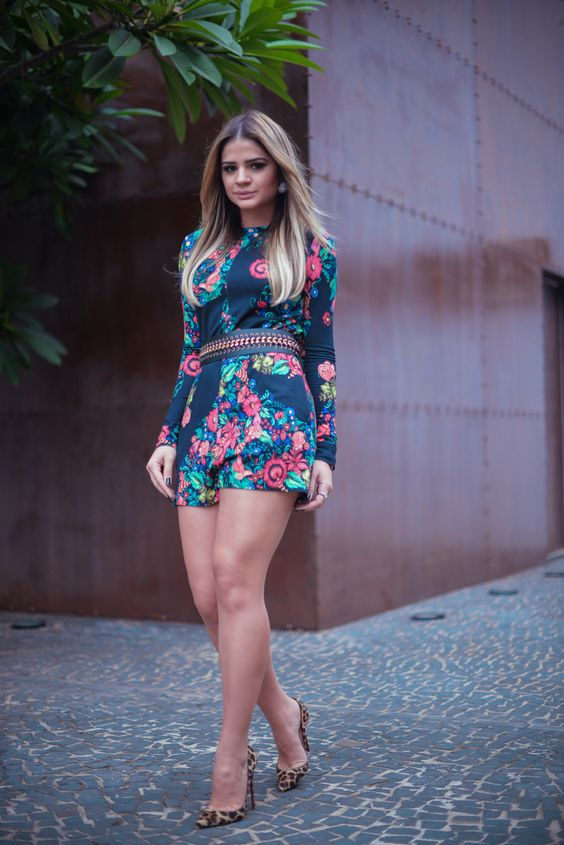 Thassia Naves: