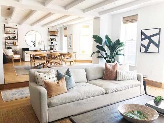 Daily Find Crate Barrel Lounge Ii Sofa Copycatchic In 2020 Casual Living Room Design Beige Couch Living Room Casual Living Rooms