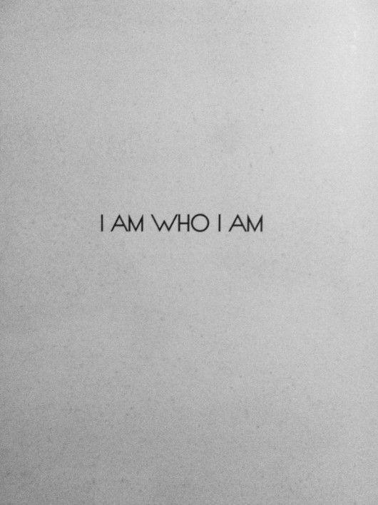 -« nous craignons d'être nous-mêmes avec les autres car nous pensons qu'ils vont nous juger, nous maltraiter et nous critiquer, comme nous le faisons nous-mêmes. C'est pourquoi avant même que les autres puissent nous rejeter, nous nous sommes déjà rejetés nous-mêmes » (Les 4 accords Tolthèques – Don Miguel Ruiz)