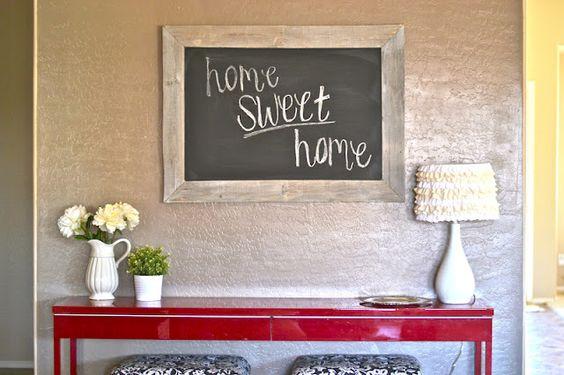 DIY: Pallet Chalkboard.