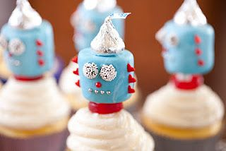 marshmallow robots-I'm thinking these would be so cute for Ethan's 1st birthday party.