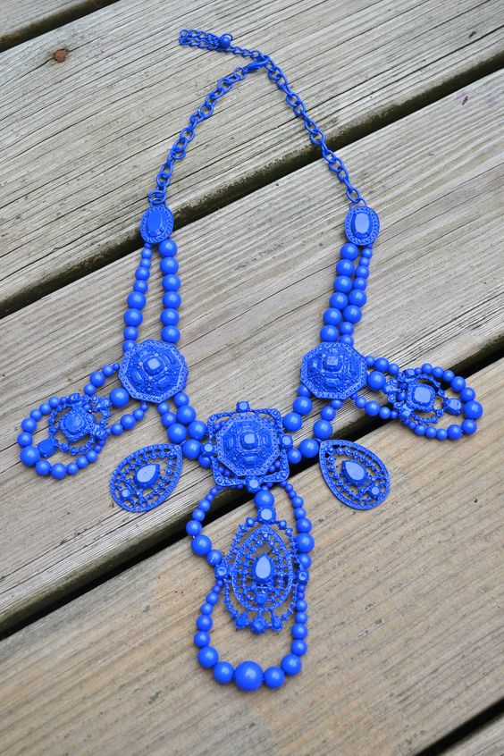 Royale Statement Necklace-The Happy Years