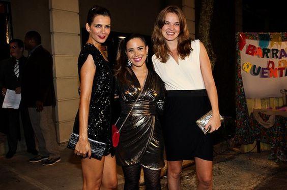 Fernanda Motta, Wanesa e Letícia Birkheuer no aniversário de Luciana Cardoso, mulher de Fausto Silva, em São Paulo - nota mental para Uanessa: nunca posar para foto entre duas modelos.