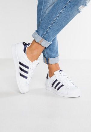 Alles für Damen im weiße adidas Originals, adidas