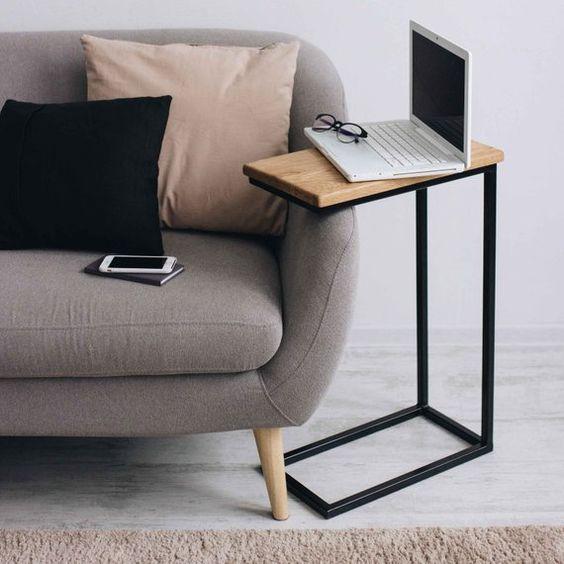 Mesita auxiliar de sofá para portátil