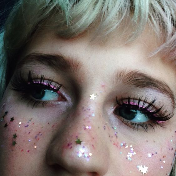 PINK EYELINER AND GLITTER FRECKLES http://amzn.to/2sD7AGk
