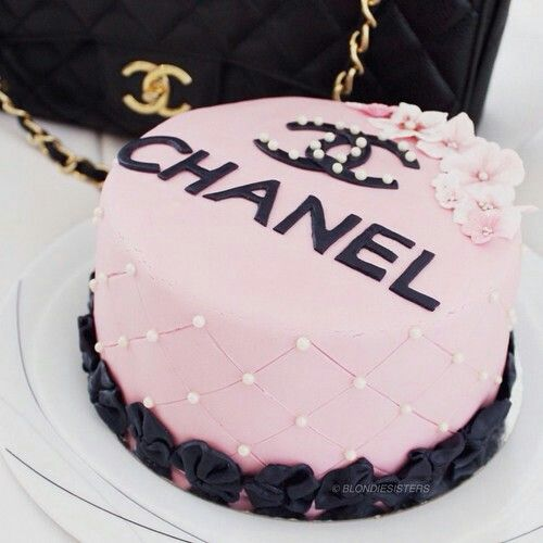 Cake Chanel Tumblr Goodies Pinterest Cake And Goodies - Tumblr birthday cake