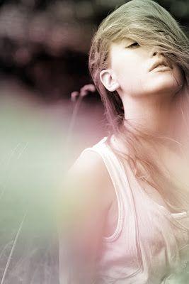 Pedaços do Cotidiano: Não a Mal que dure para sempre... Nem felicidade que jamais acabe.