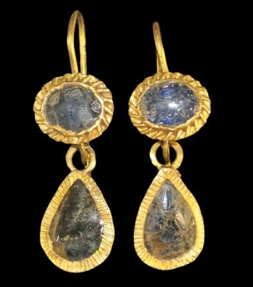 Roman Gold Teardrop Earrings, 2nd century A.D.: