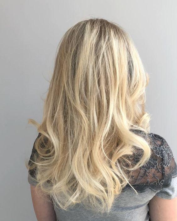 Undercut Mit Rasiertem Muster Kurzhaarfrisuren Undercut Lange Haare Haare