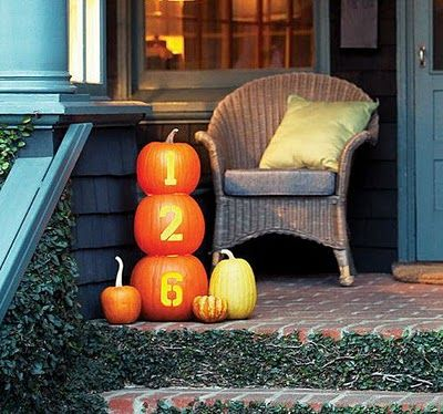 house number pumpkins - for next fall, love this!!
