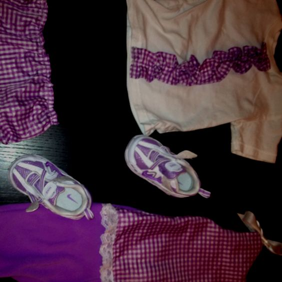 K went up a shoe size, so I made her new clothes to match her new shoes!