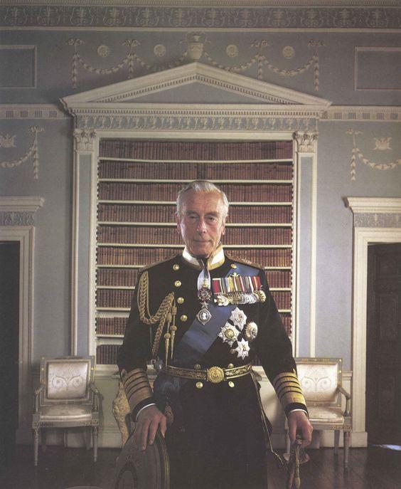 Somerset Levels Earl Mountbatten Of Burma Photographed At Royal Clothing Royal Navy Officer Royal Navy