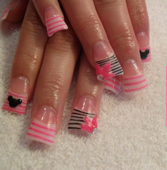 Pink and black stripes acrylic wide nails, flare tip nails, duck tip nails. | nail art ideas