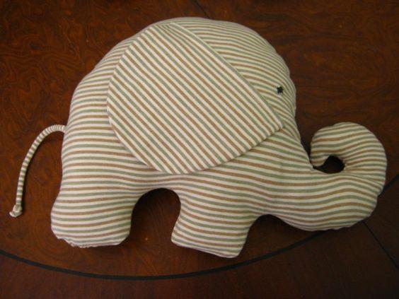 kostenlos kissen n hen elefanten kissen kuschelfreunde pinterest tiere stuffed animals. Black Bedroom Furniture Sets. Home Design Ideas
